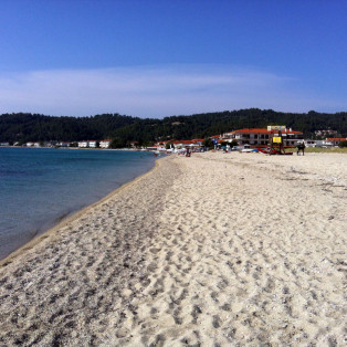 Fourka beach