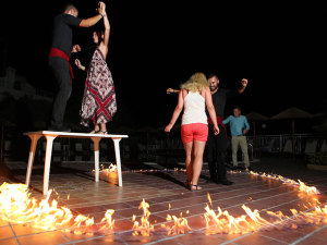 greek-night-akropolis-hotel-halkidiki-14