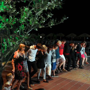 Greel night | Akropolis Hotel Fourka Halkidiki