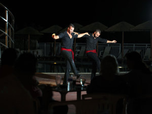 greek-night-akropolis-hotel-halkidiki-9